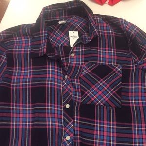 GAP Tops - New with Tags Gap drapey plaid flannel top sz M